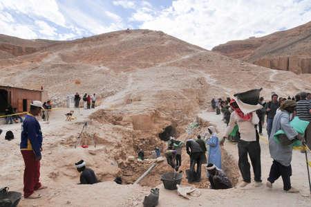 밸리의 왕, 이집트 -2008 년 12 월 31 일 : 왕 골짜기, 이집트의 고고학 발굴. 스톡 콘텐츠 - 31472254