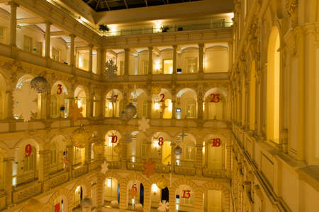 BUDAPEST, HUNGARY, - November 29, 2014: Interior of the Boscolo Budapest Hotel, formerly the New York Palace, a luxury hotel on the Grand Boulevard in Budapest, Hungary during the holidays. Redactioneel