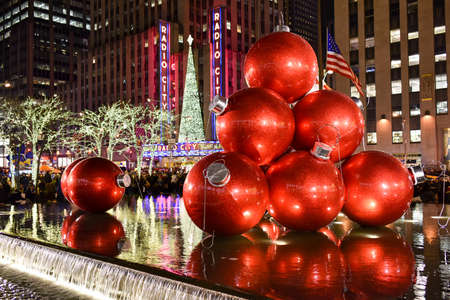 NEW YORK CITY - DEC. 25, 2014: New York City landmark, Radio City Music Hall in Rockefeller Center decorated with Christmas decorations in Midtown, Manhattan NYC. Editöryel