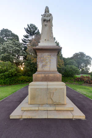 queen victoria: The Queen Victoria Statue in Kings Park was gifted to the city of Perth by Hackett and Allen Stoneham, local and London mining entrepreneur in 1902.
