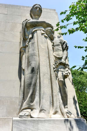world war ii: Brooklyn War Memorial in Brooklyns Cadman Plaza is dedicated to the more than 300,000 heroic men and women of the borough of Brooklyn who served in World War II.