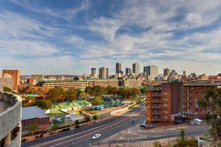 View from Ponte Tower unto the skyline of Johannesburg. Standard-Bild