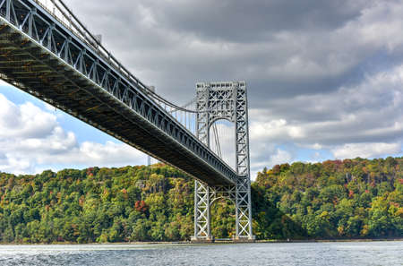natural bridge state park: The George Washington Bridge spanning New York and New Jersey from the Hudson River in Autumn. Stock Photo