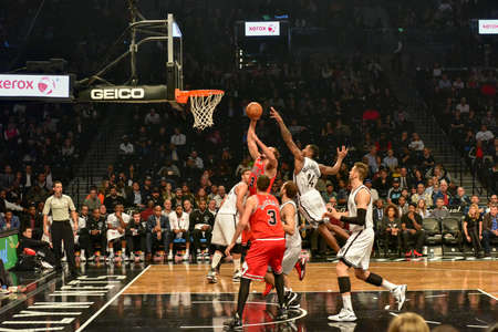 Brooklyn, New York - October 28, 2015: Brooklyn Nets versus Chicago Bulls at Barclays Center opening game. 報道画像