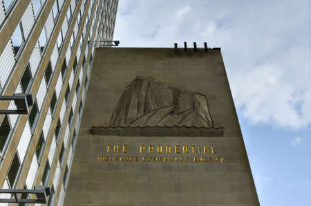 prudential: Chicago, Illinois - September 5, 2015: One Prudential Plaza (Prudential Building) is a 41-story structure in Chicago completed in 1955 as the headquarters for Prudentials Mid-America company. Editorial