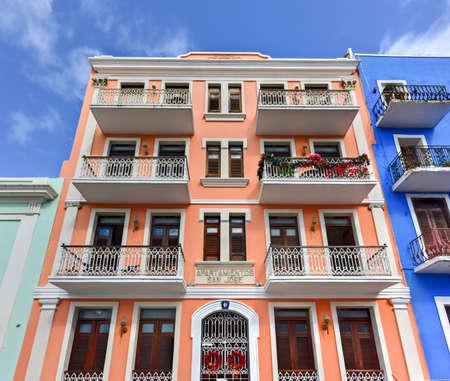 san juan: Classical colonial style apartments of San Juan, Puerto Rico. Editorial