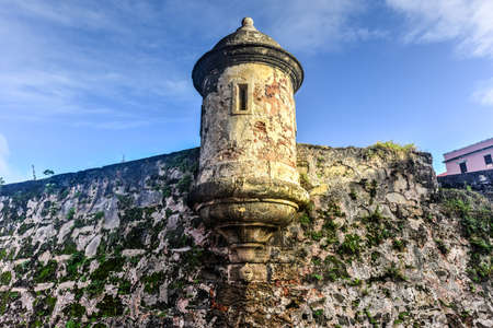 viejo: City Walls and lookout of San Juan, Puerto Rico. Editorial