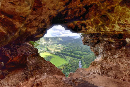 View through the Window Cave in Arecibo, Puerto Rico. 免版税图像 - 51878856