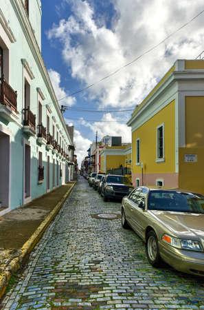 san juan: San Juan, Puerto Rico - December 26, 2015: Street in Old San Juan, Puerto Rico