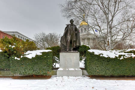 pierce: President Franklin Pierce Monument in Concord, New Hampshire