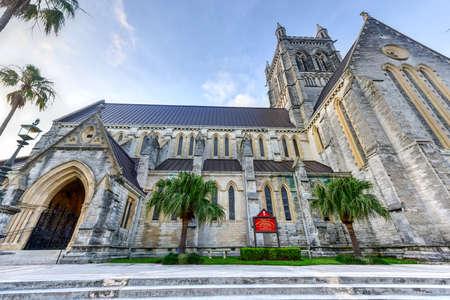 Die Kathedrale der Heiligen Dreifaltigkeit (oft als Bermuda Dom genannt) ist eine anglikanische Kathedrale auf der Church Street in Hamilton, Bermuda. Standard-Bild