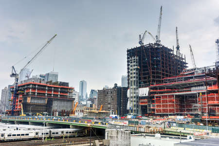 hudson: Construction in the development of the Hudson Yards in Midtown West, Manhattan, New York.