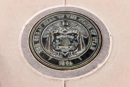 Utah state seal at the Four Corners Monument. Redakční