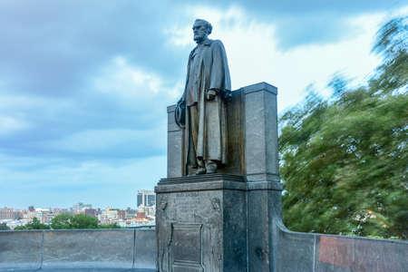 statesman: Carl Schurz Memorial in Morningside Heights, Manhattan. He was a German-American soldier, statesmen and philanthropist. Editorial