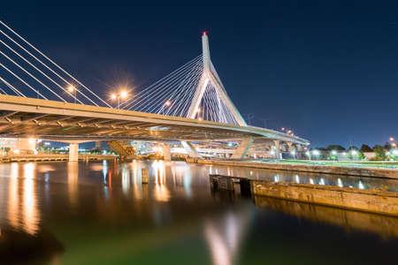 leonard: Boston Leonard P. Zakim Bunker Hill Memorial Bridge at night in Bunker Hill Massachusetts, USA.