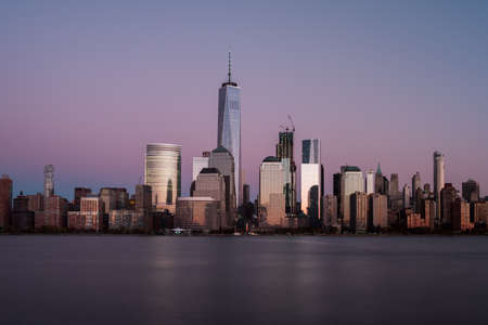 New York skyline as viewed across the Hudson River in New Jersey at sunset. 版權商用圖片