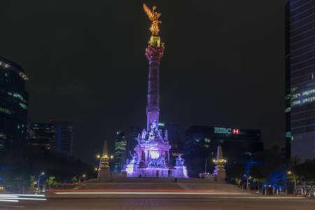 angel de la independencia: Ciudad de México, México - 7 de julio de 2013: El Ángel de la Independencia en la Ciudad de México, México.