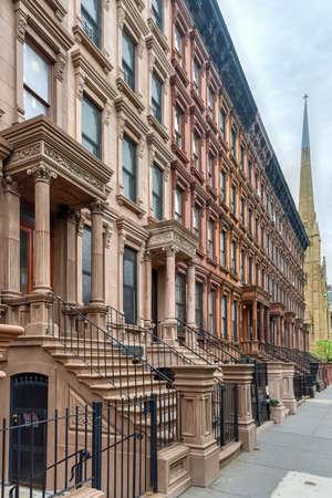 브라운 스는 할렘 이웃의 뉴욕시입니다. 스톡 콘텐츠