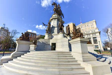 Washington Monument Historic Landmark Capital Square Richmond VirginiaWashington Monument Capital Square in Richmond Stock Photo