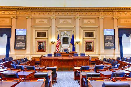 Richmond, Virginia - 19 februari 2017: kamer van volksvertegenwoordigers in het Virginia State Capitol in Richmond, Virginia. Stockfoto - 81395414
