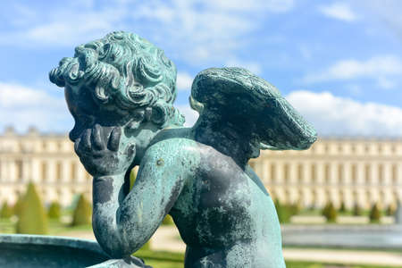 The famous Palace of Versailles in France. Imagens