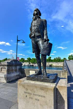 Bronze statue of Thomas Jefferson near the Jardin des Tuileries garden and the Pont Solferino in Paris.