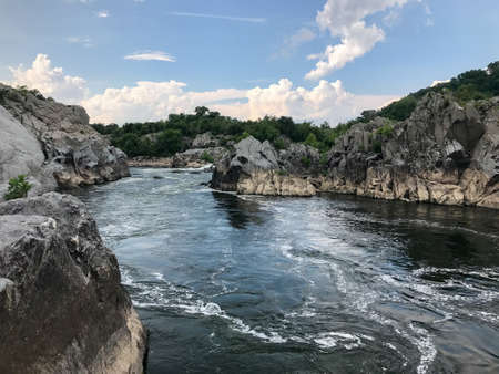 Great Falls Park in Virginia, United States. It is along the banks of the Potomac River in Northern Fairfax County. Stok Fotoğraf