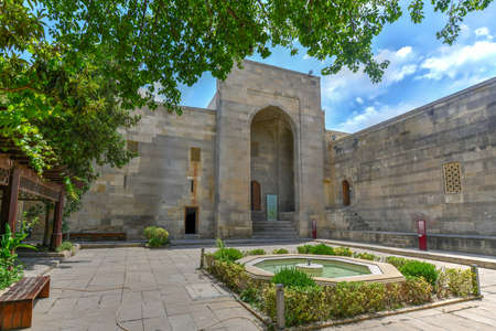 The Palace of the Shirvanshahs is a 15th-century palace built by the Shirvanshahs, located in the Old City of Baku, Azerbaijan. 新聞圖片