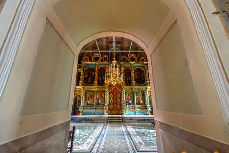 Moscow, Russia - July 16, 2018: The beautiful Uspensky Church of Novodevichy Convent in Moscow, Russia Редакционное