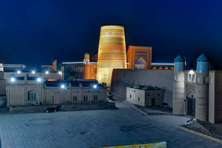 Historic architecture of Itchan Kala, walled inner town of the city of Khiva, Uzbekistan Stock fotó