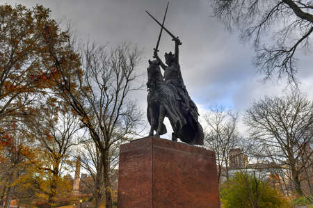 New York City - Nov 28, 2019: King Jagiello Monument which was created for the Polish 1939 New York Worlds Fair pavilion and later moved to Central Park in New York City. Redakční