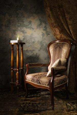 aristocrático: Lujoso interior cosecha con el sill�n en el estilo aristocr�tico Foto de archivo
