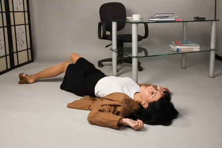 escena del crimen: Crimen en una Oficina con Secretario muerto