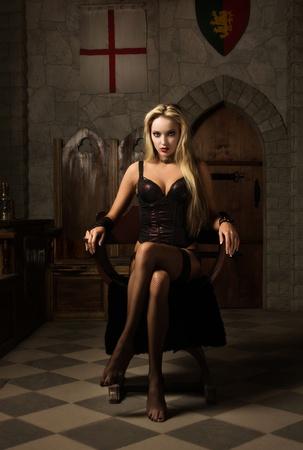 非常にきれいな女性の魔性の女の肖像