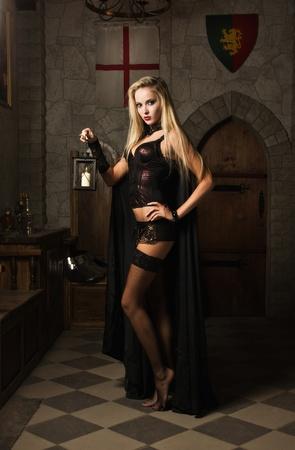 Portret van de zeer mooie vrouw vamp