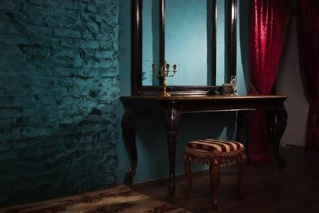 貴族的なスタイルの豪華なヴィンテージ インテリア 写真素材