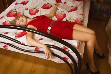 Crime scene simulation: innocence victim lying on the bed