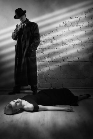 murder: Film noir. Detective investigating the crime scene