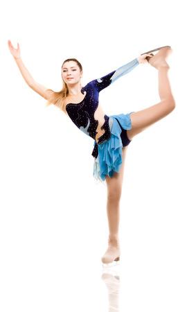 Eiskunstläufer posing in skating Leistung Kostüm