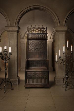 trono: Trono real en el castillo medieval Foto de archivo