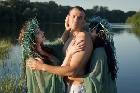 uomini belli: Love between handsome men and two beautiful mermaids