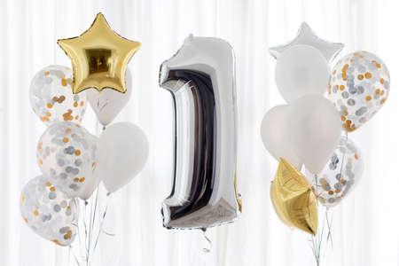 Decoración para cumpleaños de 1 año, aniversario Foto de archivo - 82882373