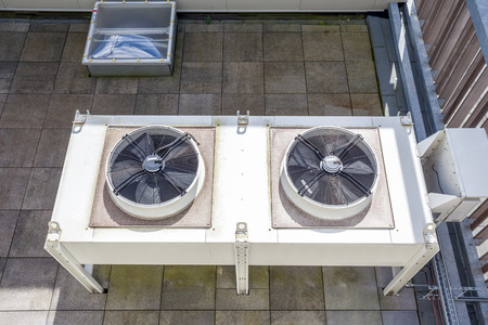 on an flat roof there cooling air conditioning Banco de Imagens - 58534521
