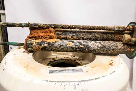 Due to the abundance of lime in the water pipes of the municipality, this resistance of the boiler is completely below the scale
