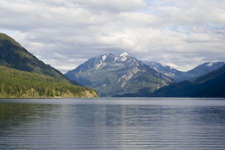 オリンピック山脈と三日月湖 写真素材