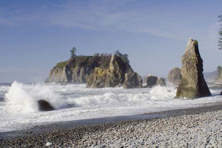 発泡冬波と Ruby ビーチで晴れた日 写真素材