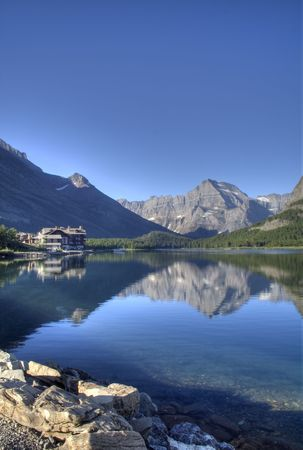Swiftcurrent 湖
