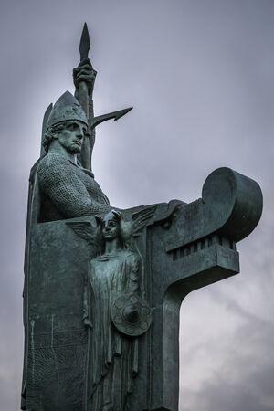 settler: Ingolfur Arnarson, Icelands first settler