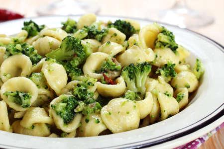 pasta orecchiette with broccoli