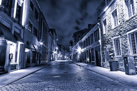 Old Montreal in tonalità blu